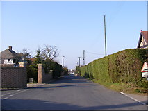 TG5201 : Warren Road, Gorleston-on-Sea by Adrian Cable