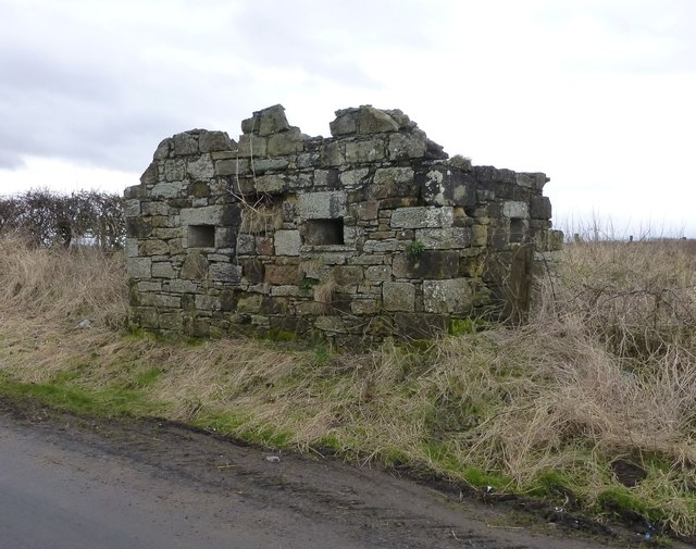 Pillbox between Gloster Hill and Warkworth