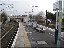 NS5567 : Hyndland railway station, Glasgow by Nigel Thompson