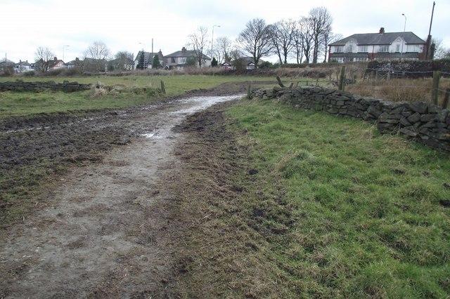 Footpath to Gleaves reservoir