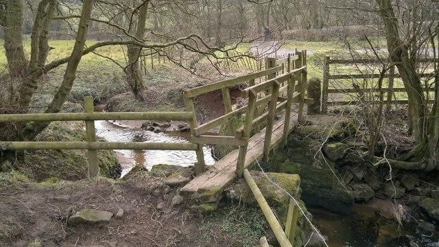 Footbridge near Coal Pit Ford Farm