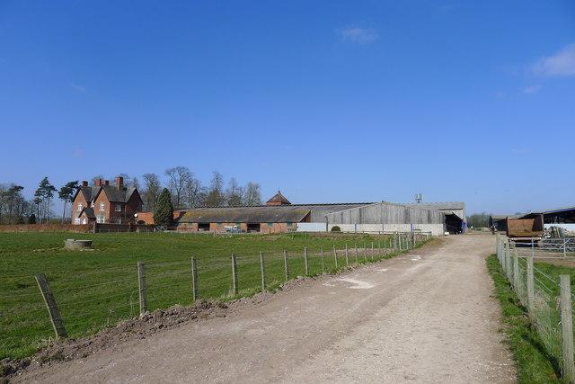 Bridleway leading to Highlands Park farm