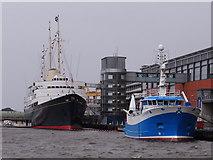 NT2677 : Alba Na Mara and HMY Britannia by Ian Paterson