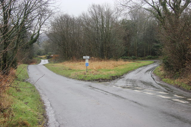 Road junction above Wood Broughton