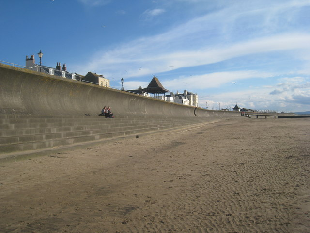 The sea wall, Burnham on Sea