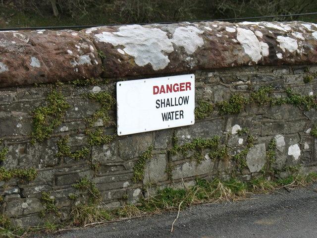 Warning sign on Southwaite Bridge