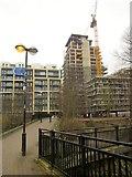 TQ2575 : New flats, Wandsworth by Derek Harper