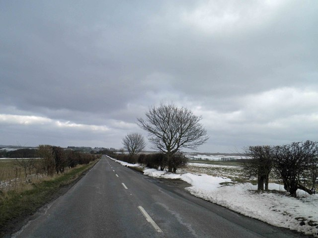 A straight B1203 road