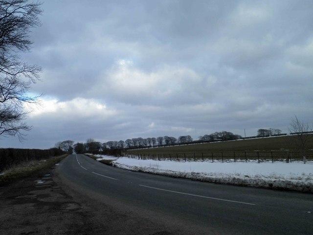Bend on the B1203 Kirmond Road