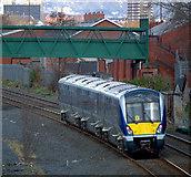 J3272 : Train, Belfast by Rossographer