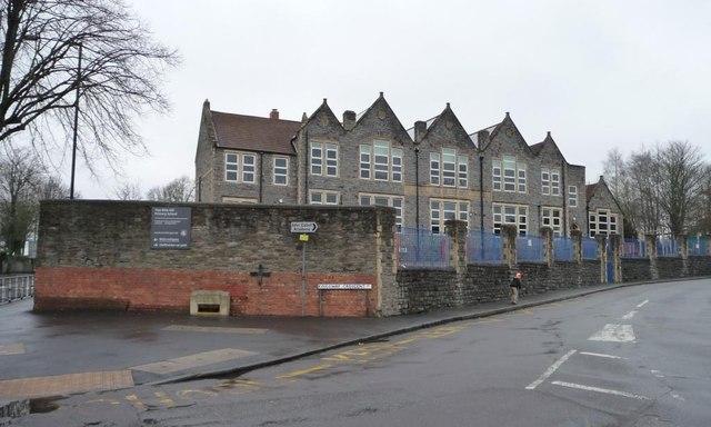 two mile hill primary school  u00a9 christine johnstone