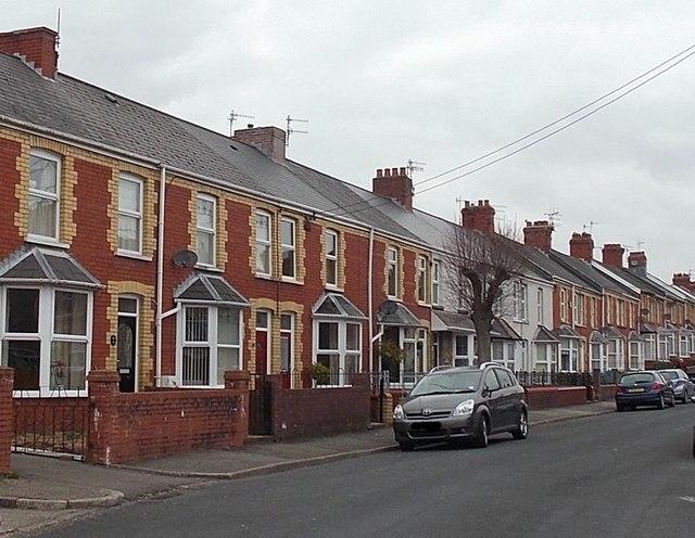 St Bride's Road houses, Aberkenfig