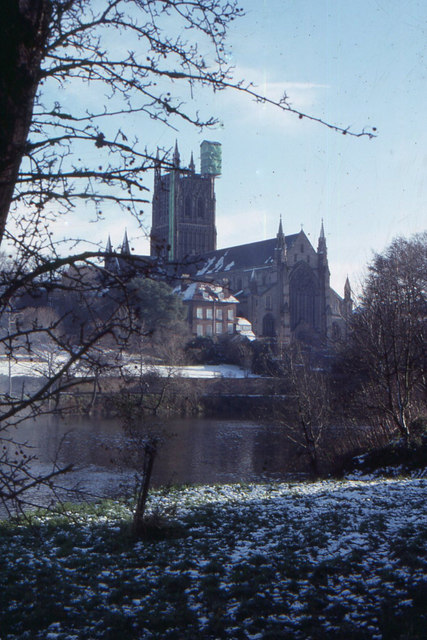 Worcester Cathedral across the Severn