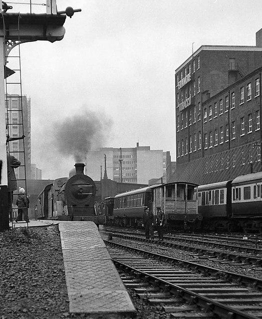 Steam Train - No  2 Platform