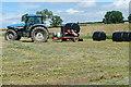 SK3355 : Gathering the harvest by Graham Horn
