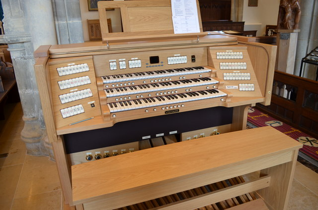 Organ Console, St Clement's church, Hastings