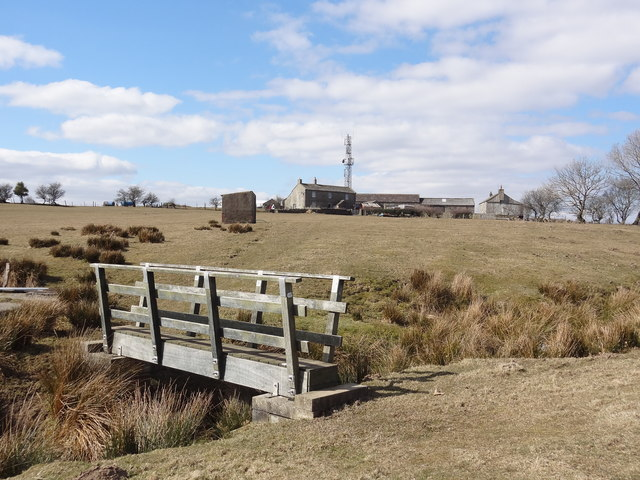 Footbridge near Far Highfield Farm