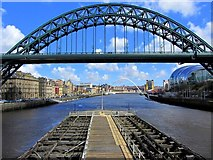 NZ2563 : Tyne Bridge, Newcastle upon Tyne by Andrew Curtis