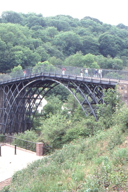 Ironbridge: the Iron Bridge over the Severn