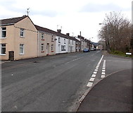SS8983 : Bridgend Road houses at the southern edge of Aberkenfig by Jaggery