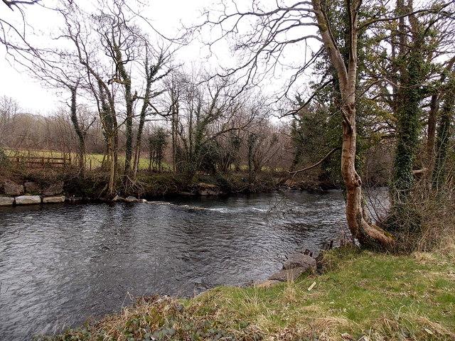 Ogmore River downstream from Riverside, Aberkenfig