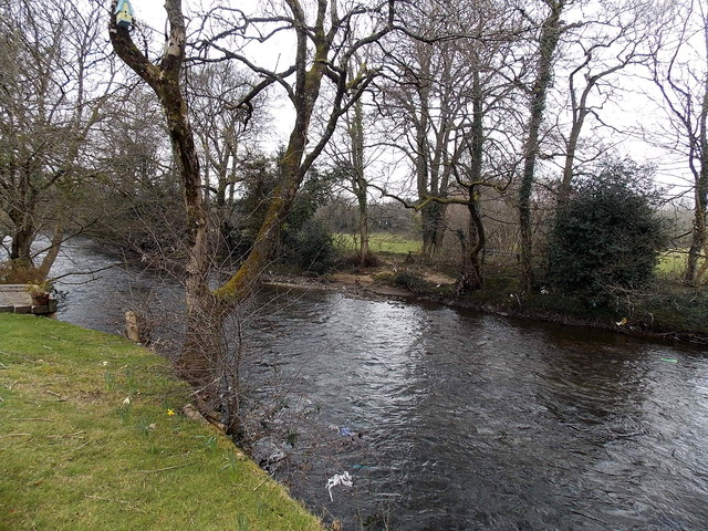 Ogmore River upstream from Riverside, Aberkenfig