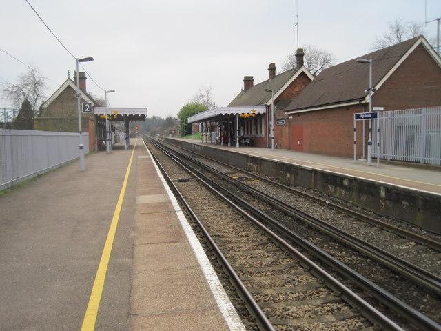 High Brooms railway station, Kent by Nigel Thompson