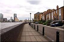TQ3680 : Pageant Crescent by the River Thames by Steve Daniels