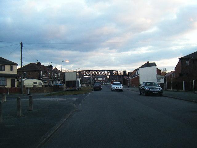 Nook Lane looking to Latchford Bridge, long disused