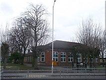 TQ4585 : Barking Abbey Comprenhesive School by David Anstiss