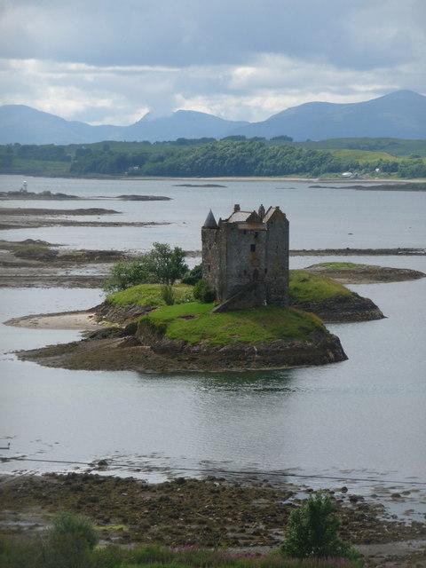 Portnacroish: Castle Stalker and the hills of Mull