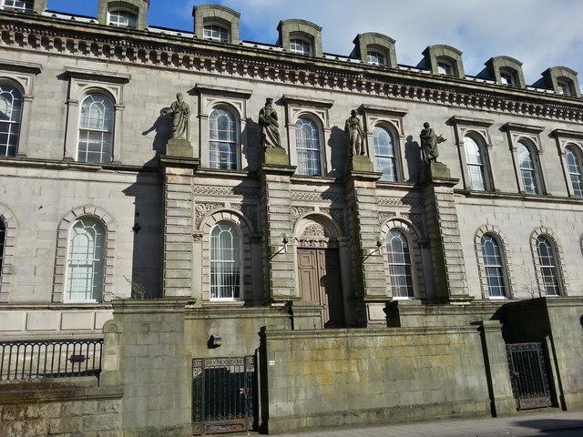 Glasgow Old High School statues