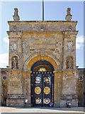 SP4416 : The East Gate, Blenheim Palace by David P Howard