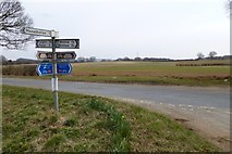 SE7666 : Road junction near Howlbeck Bridge by DS Pugh