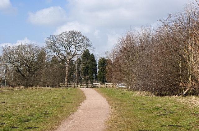 Footpath off Moss Lane