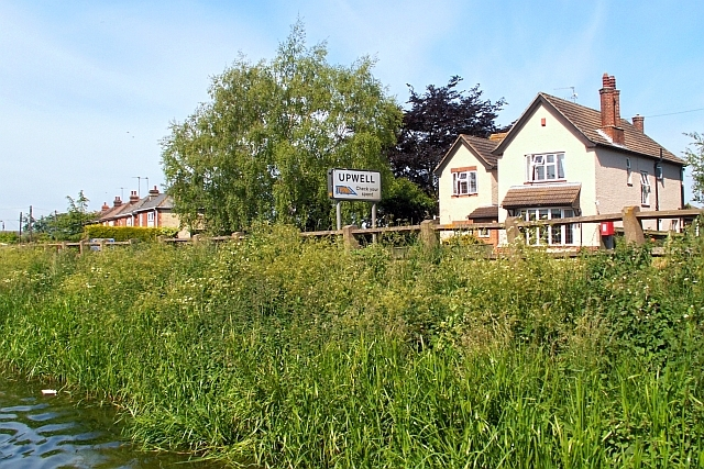 Upwell name sign, approaching from Outwell