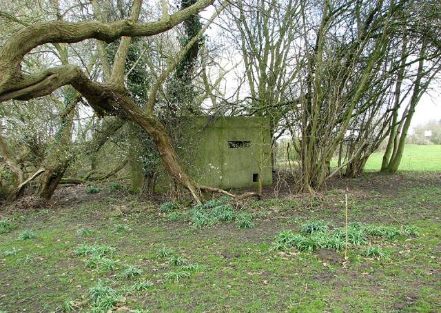 Pillbox by the River Waveney, Homersfield