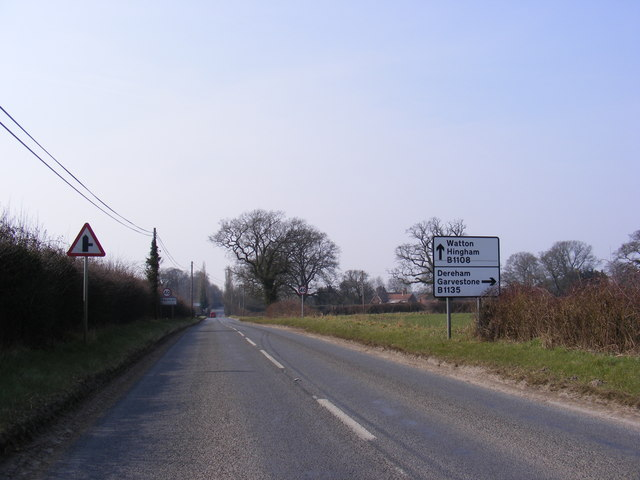 Entering Kimberley on the B1108 Norwich Road