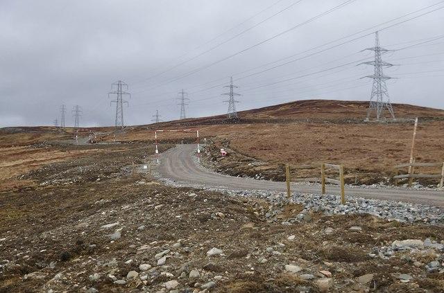 Power lines by Beinn Bhreac, above Dundreggan