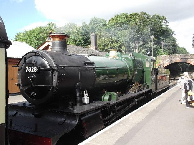 7828 Norton Manor at Bishops Lydeard station