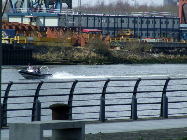 Fast boat on the Clyde