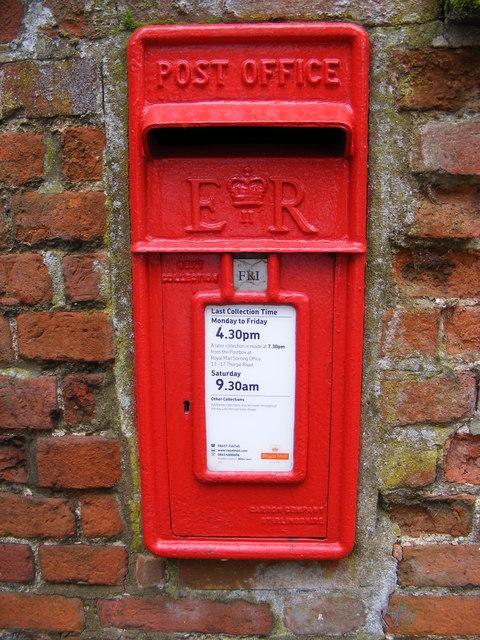 Framingham Pigot Postbox
