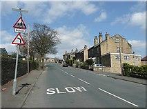 SE1321 : Lower Edge Road, Rastrick by Humphrey Bolton