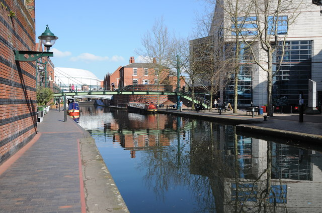 The Worcester and Birmingham Canal near its terminus