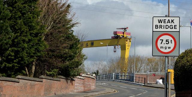 The Dee Street bridge, Belfast (2013-3)