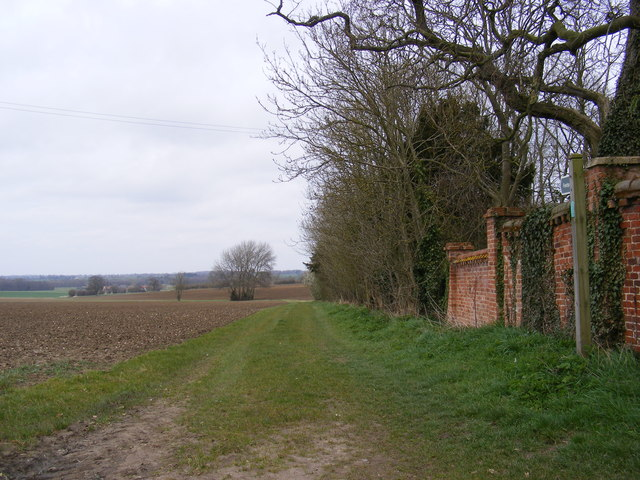 Mill Lane footpath to Low Road
