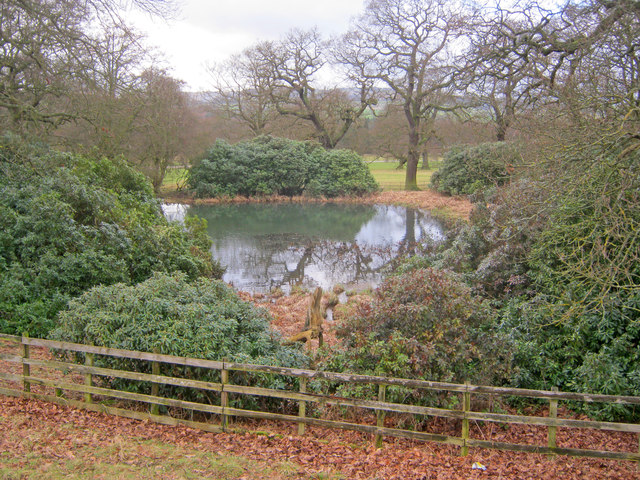 Pond at Chatsworth Park