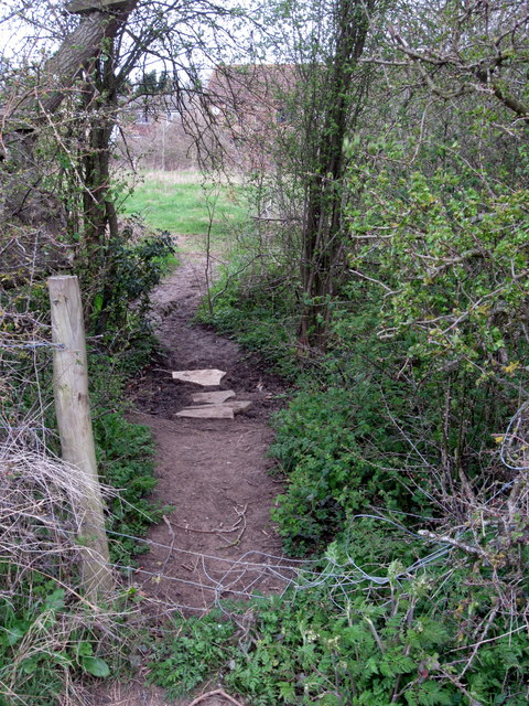 Ad Hoc footpath to the houses beyond