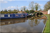 SO9262 : Bridge 35, Worcester and Birmingham Canal by Philip Halling