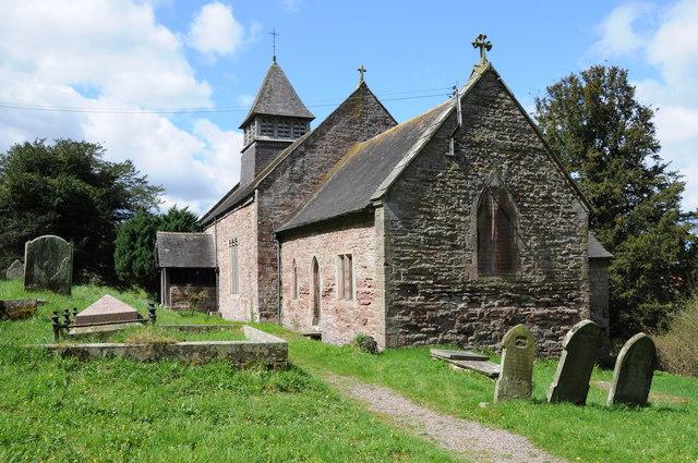 Llanvihangel-Ystern-Llewern church